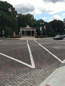 This was the first time I ever saw a diagonal cross-walk for pedestrians!