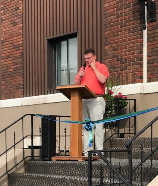 Steve Hamilton, New Boston Village Administrator, speaks at ribbon cutting ceremony for Scioto Advantage.